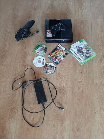 Xbox 360 z kinectem i z grami