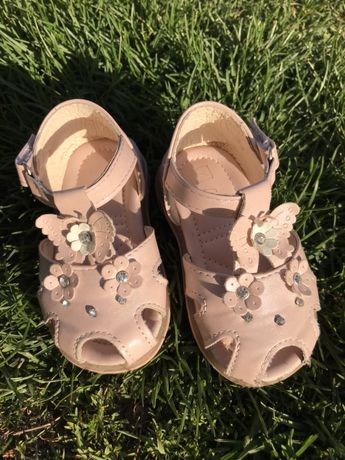 Босоніжки,босоножки,туфли розмір 18