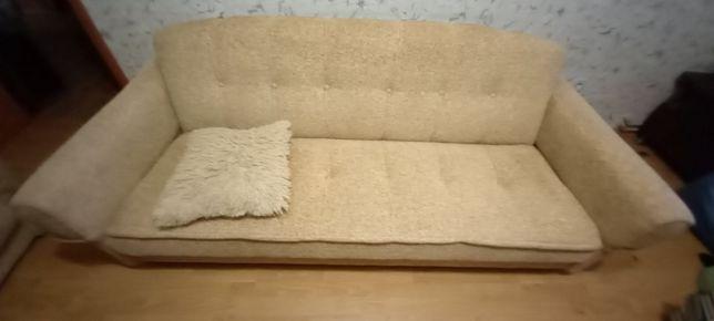 Продам диван и кресла
