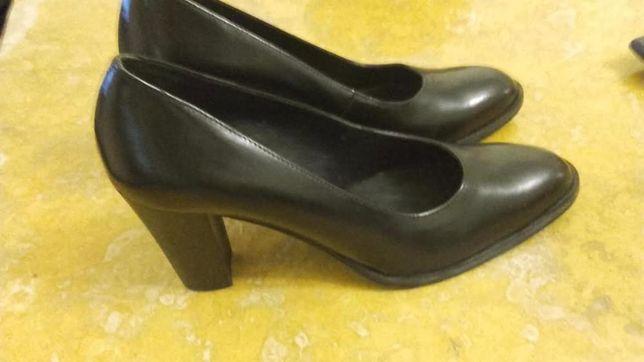 Sapatos pretos (Haity) 39/40