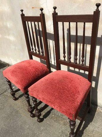 """2 cadeiras em veludo """"Bordeaux"""""""
