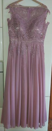 Suknia balowa na wesele zdobiona bogata
