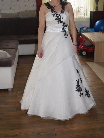 Suknia ślubna roz. M