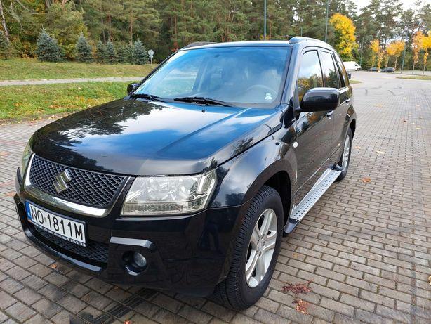 Suzuki Grand Vitara 4x4 2.0 b+GAZ, HAK