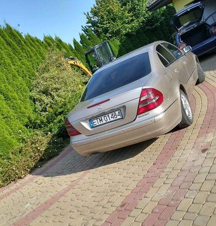 Mercedes E200 w211
