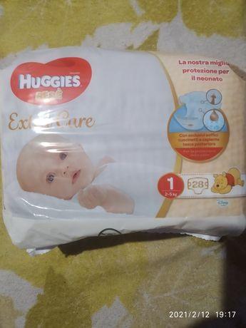 Продам памперсы Huggies