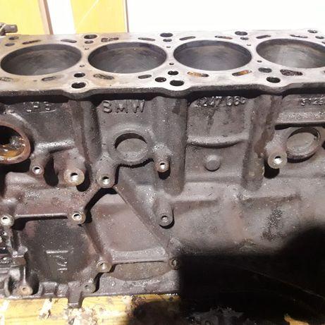 Blok tłoki wał panewki  silnika  m43 bmw 1.8