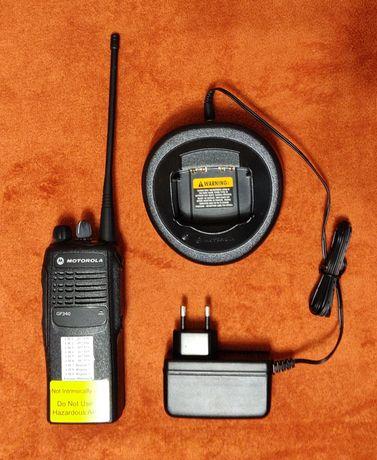 UHF рация Motorolla GP340