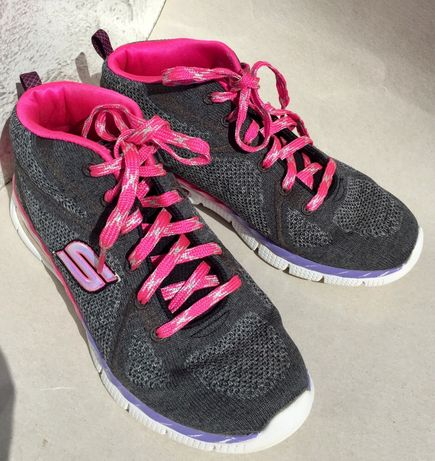 Кросівки кроссовки Skechers з США 36р для дівчинки Mamory Foarm