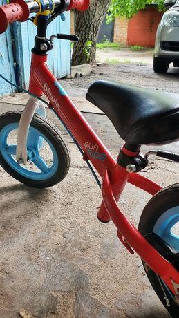 Беговел B'twin Run Ride детский велосипед без педалей