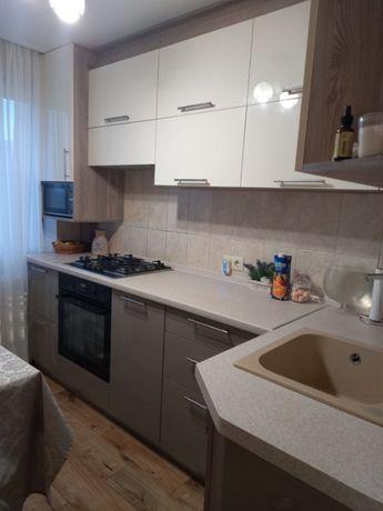 Продам 3-комнатную квартиру на Добровольского/Бочарова