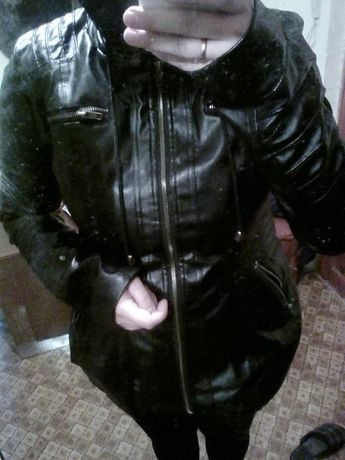 НОВАЯ!Куртка кожзам,размер- L