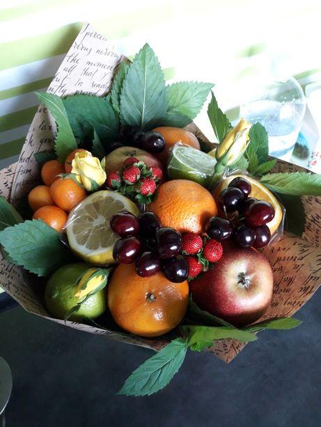 Букеты фруктовые