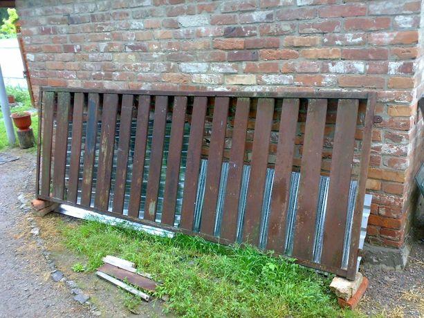 Заборная секция /забор металический