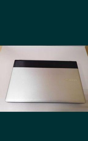Продам ноутбук Samsung core i5