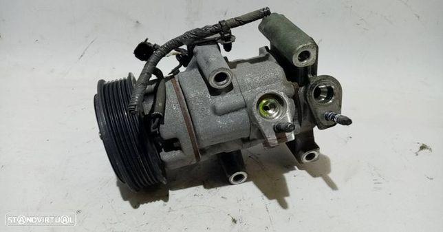 Compressor Do Ar Condicionado / Ac Ford Transit Courier B460 Caixa