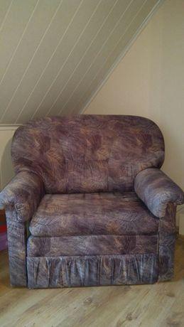 Fotel rozkładany pojedynczy ze skrzynią