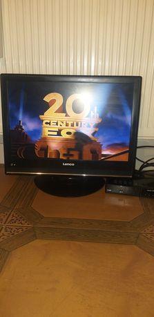 Telewizor z DVD uchwyt w komplecie