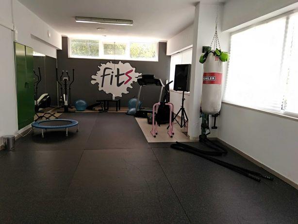 Aluguer de estúdio no Porto - aulas de grupo e sessões de PT