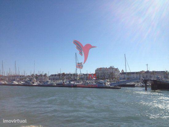 Algarve- Vila Real Stº Ant.-  Hostel a funcionar - Boa Rentabilidade