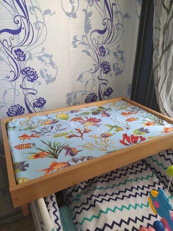 Пеленальный столик ( подставка) на кроватку