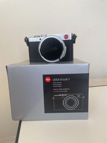 Câmera LEICA D-LUX 7