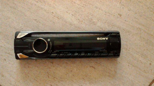 Autorradio Sony esta completamente novo.