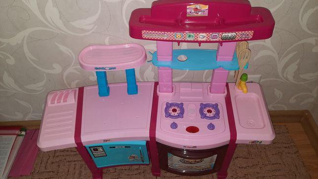 кухня детская розовая