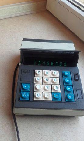 Polski kalkulator rodem z PRL