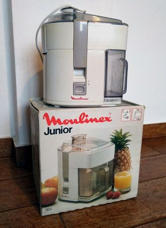 Máquina de sumos Moulinex Junior 864, na caixa
