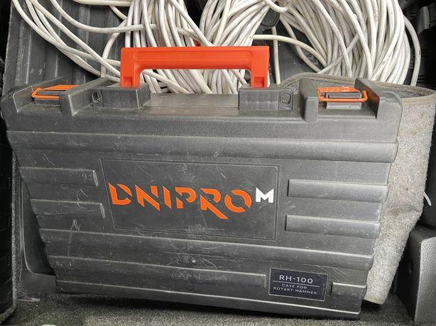 Перфоратор Dnipro M RH 100