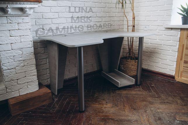 Геймерский стол, компьютерный стол