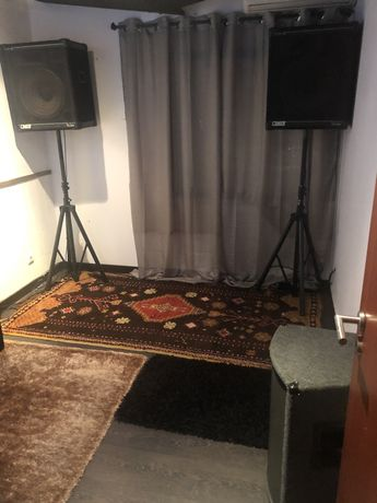 Salas para Alugar / Renting Rooms