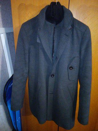 Продам пальто Riccardo