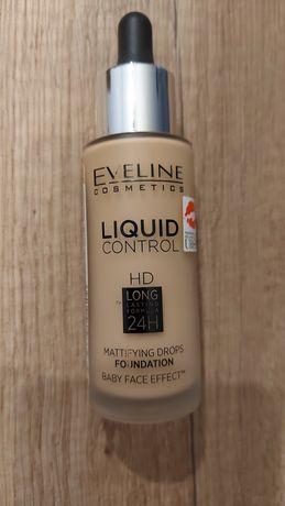 Podkład Eveline LIQUID