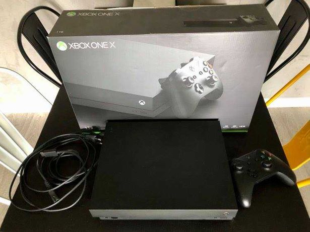 Xbox One X 1 Tb, 4 K
