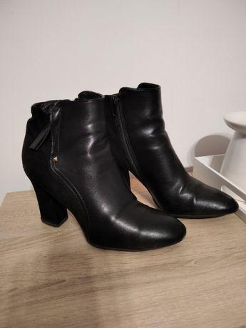 Botki buty na jesień na słupku zamsz ekoskóra 37