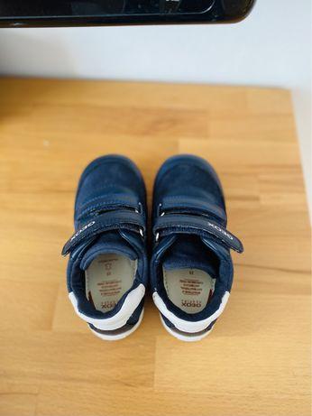 Sprzedam buty chlopiece firmy Geox
