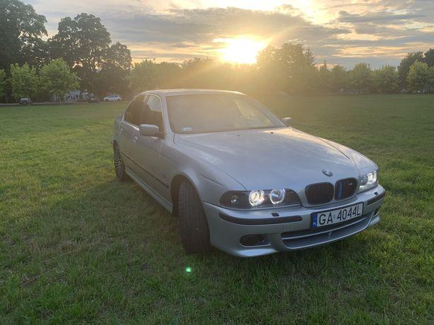 BMW 540 M-PAKIET 4.4 V8 330KM