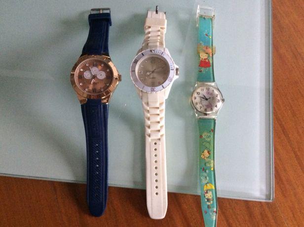 3 relógios com portes incluídos
