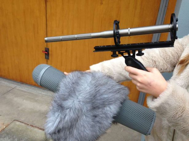 microfone hipercardioide Sony c 74