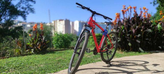 Bicicleta Berg roda 29 como nova só tem aro empenado