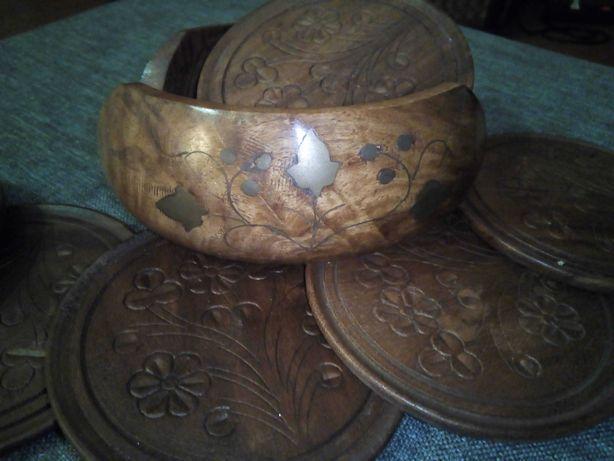 Suportes para copos Madeira esculpida com caixa c embutidos ( novo!)