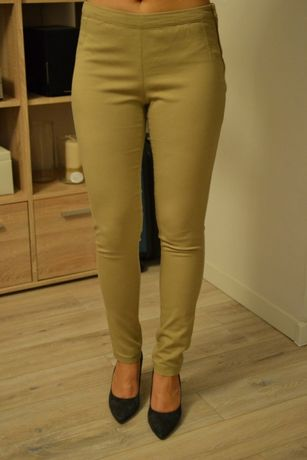 H&M - kremowe spodnie high waist