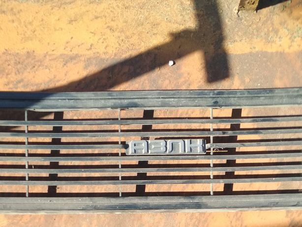 Решетка радиатора АЗЛК