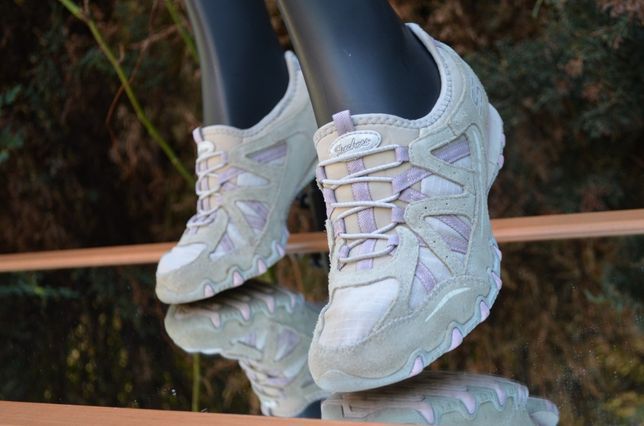 Skechers фирменные кроссовки,оригинал
