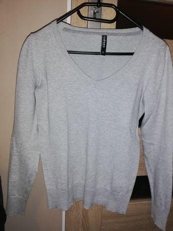 Szary sweterek rozmiar XS