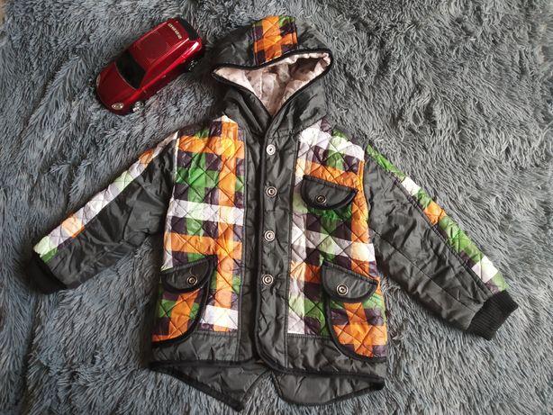 Гарна курточка