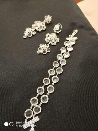 Biżuteria ślubna- kolczyki i bransoletka