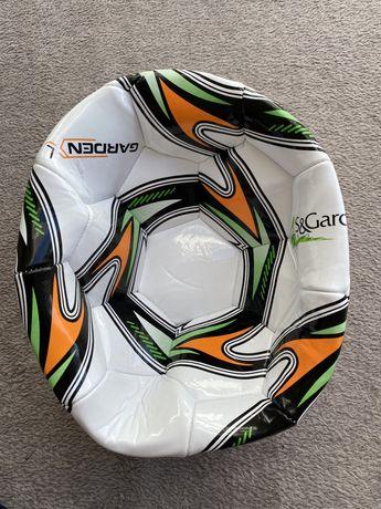 Nowa piłka do nogi